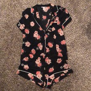 Victoria's Secret Pajama set SM
